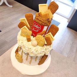 Biscoff Drip Cake 😍