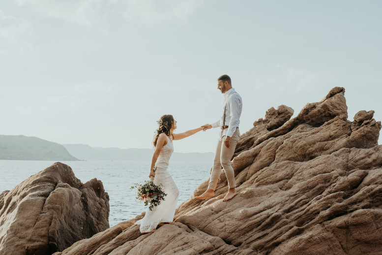 Boho Elopement en Menorca 5.jpg