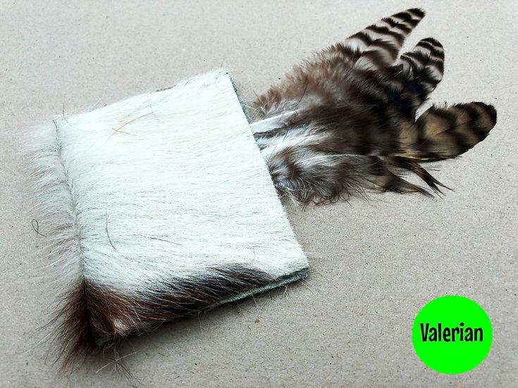 Purrs Daisy MooCow Stinky Puff - Valerian Cat Toy