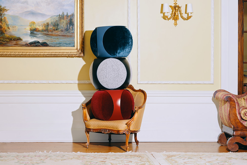 The Toof With a base made from sheen powder-coated metal, and a pouf available in various textiles (alpaca, wool, linen, mohair, velvet, and boucle), Toof can be customized in an array of colors including gold, red, purple, indigo, and teal.