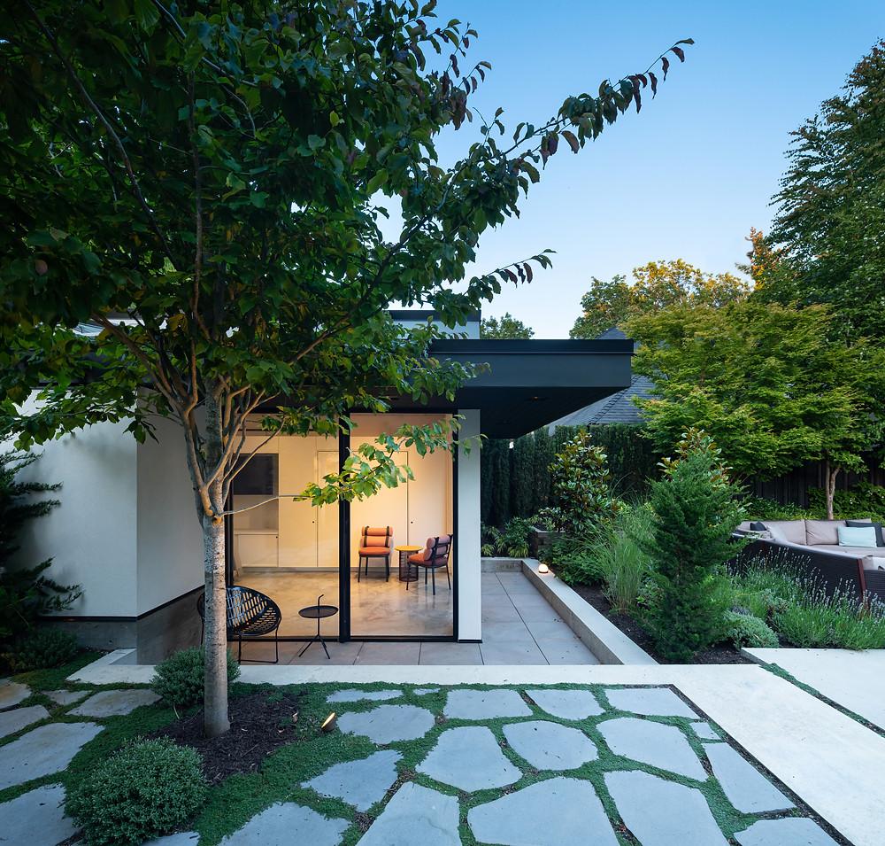 modern luxury garden stone pavers landscaping