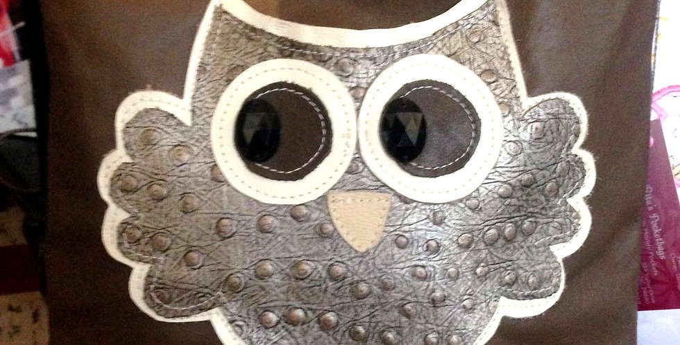 Flying Owl Medium