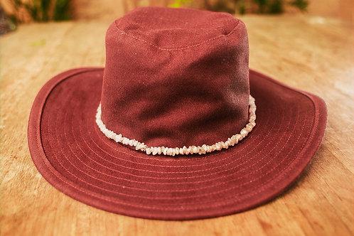 Ref. 04 - Chapéu Colar de Pedras