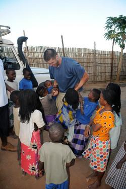 DSV with Mozambiquen Kids.jpg