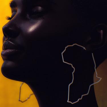 Shudu_Africa_earring_closeup-1-min.jpg