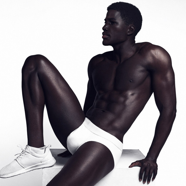 Whitepants-2_FINAL-min.jpg
