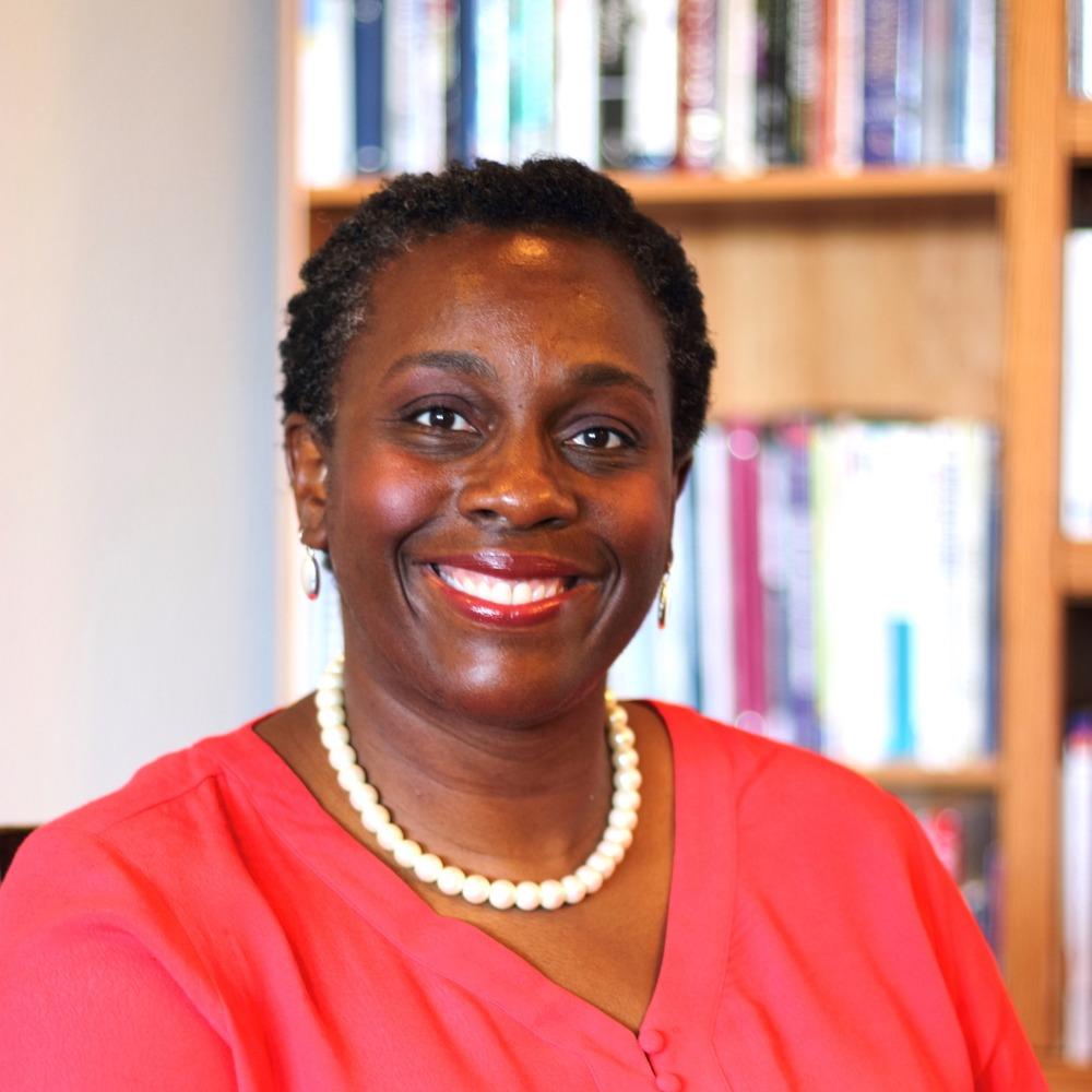 Dr Vanessa Enoch