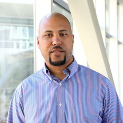 Dr Kevin Washington