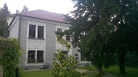 Rekonštrukcia dom