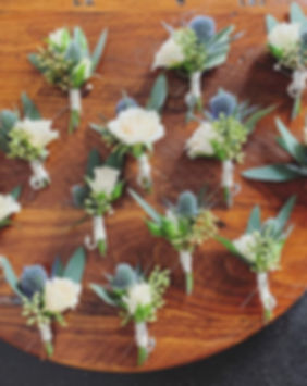 I'm obsessed with #eryngium 💙 #boutonni