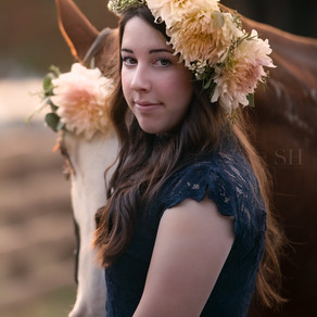Stunning Senior Shoot with Sarah Hart Photography