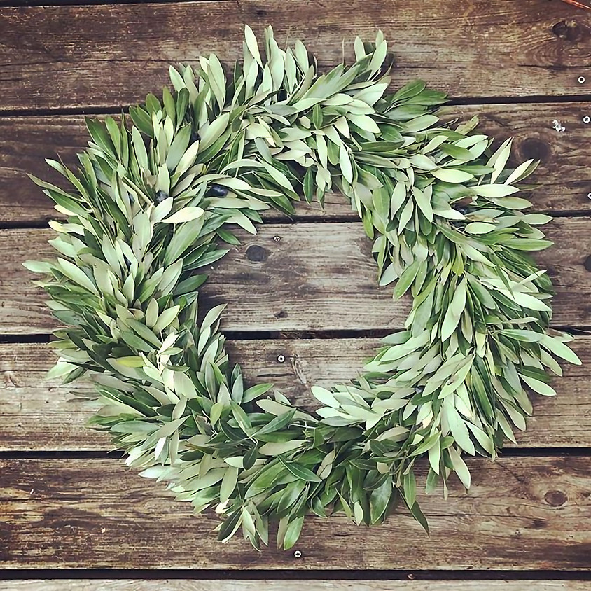 Large Olive Wreath Class