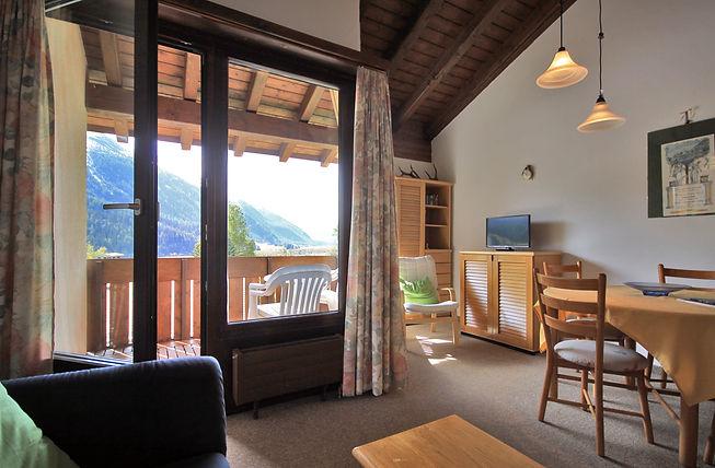 La Punt_La Mora_Living with view on balc
