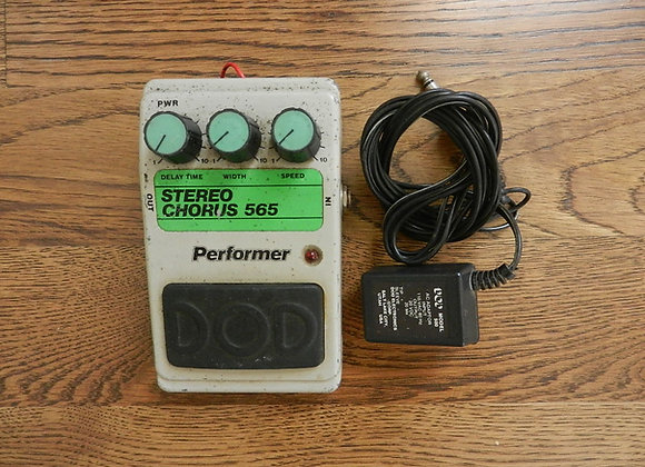DOD Performer 565 Stereo Chorus (w/ adapter)