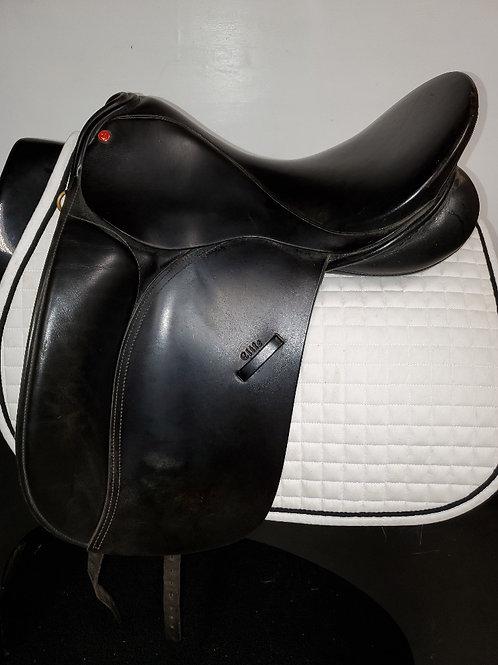"Windsor Elite Dressage Saddle, 16.5"", Medium"