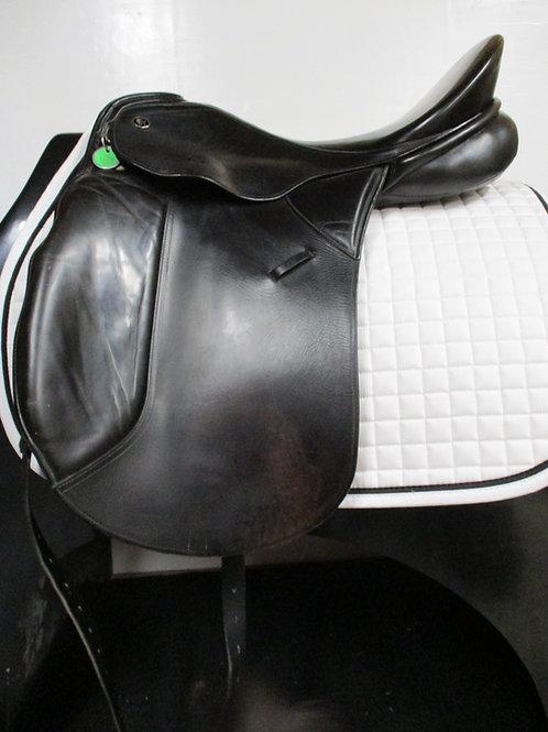 Used Kieffer Wien DL Dressage 18, 33cm Wide