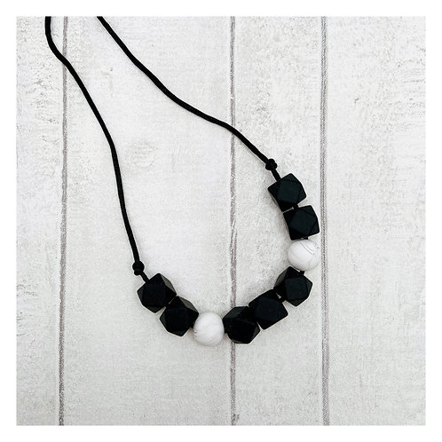 Black & White Teething Necklace