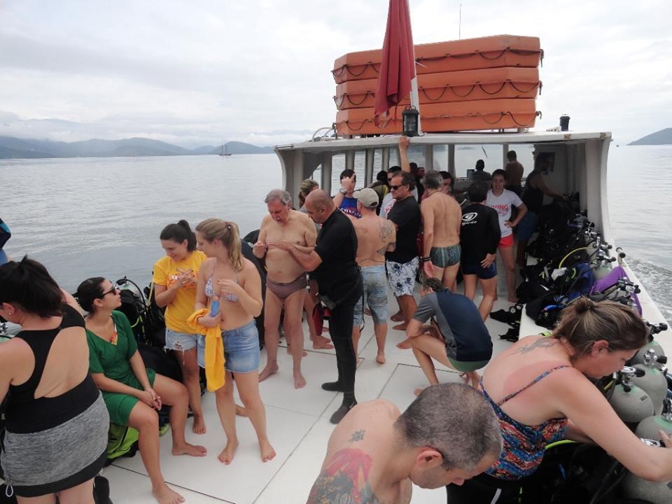 Diving College Escola de Mergulho (2).jpg