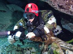Cave Diver Diving College