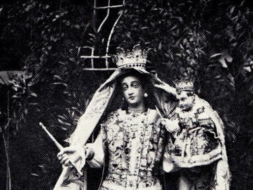 """Leggende e storie antiche """"La statua della Madonna dell'abito nel solaio del marchese del castello"""""""