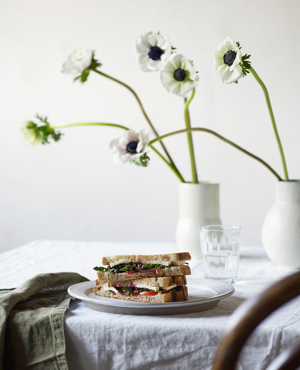 Sandwich med smaker fra Middelhavet