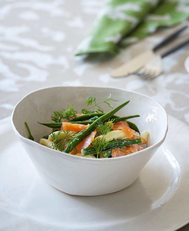 Kremet pasta med røkelaks og aspargesbønner