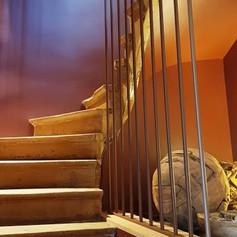 escalier bois maoison 2.jpg