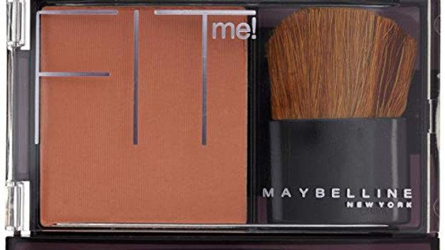 Maybelline New York Fit Me! , color fantasía (Light Nude)