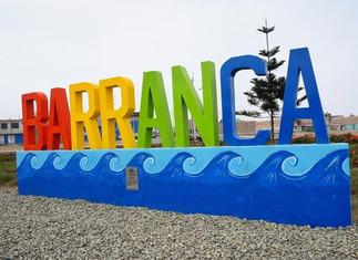 Presentan muro turístico en el óvalo de ingreso a Barranca
