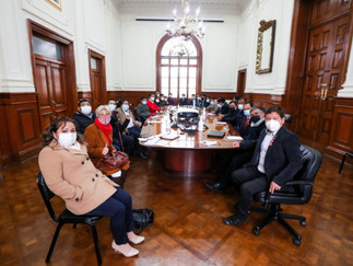 Presidente del Consejo de Ministros se reúne con bancada de Perú Libre
