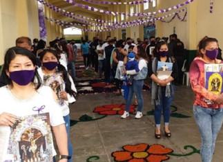 Presidente Vizcarra: iglesias abrirán en noviembre con un tercio de su capacidad