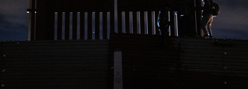 Crossing the fence09.JPG