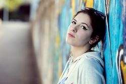 lucia-servizio-fotografico-urbano-graffiti-ritratto-donna-firenze