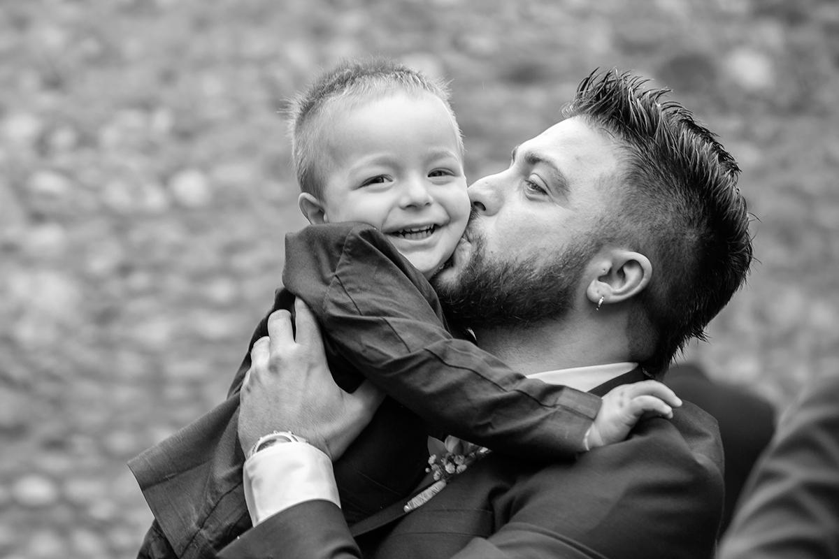 abbraccio-padre-figlio