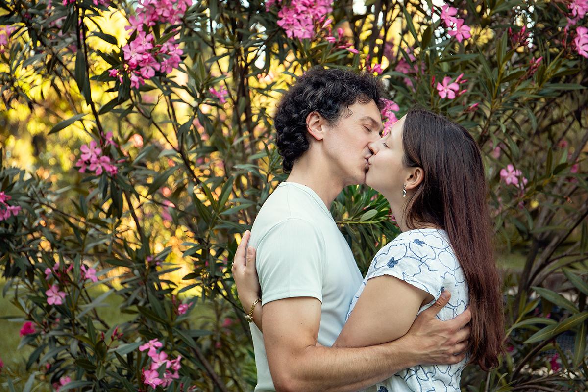 eva-e-paolo-servizio-fotografico-coppia-sesto-fiorentino-romantico-bacio (19)