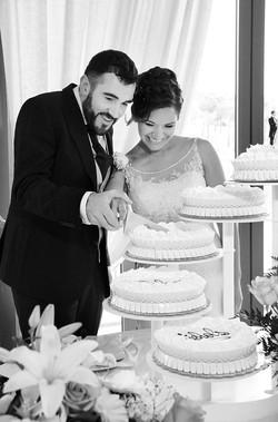 matrimonio-paulo-e-nichols-firenze-primavera-taglio-torta-sposi
