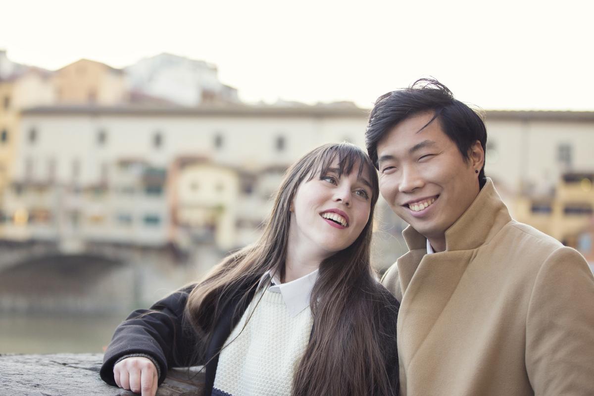 servizio-fotografico-coppia-ponte-vecchio-firenze-sorrisi