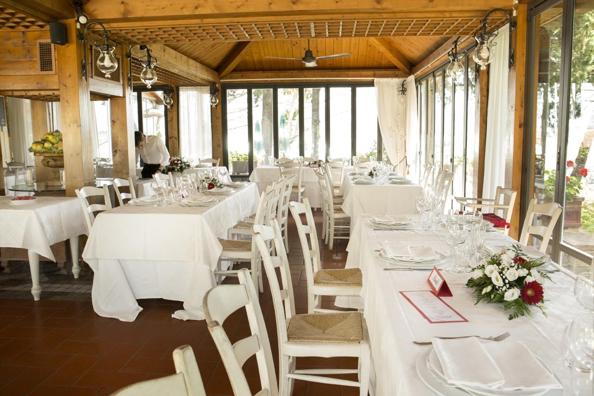 matrimonio-firenze-toscana-sala-rossa-palazzo-vecchio-martina-e-jacopo-ricevimento-inalbi