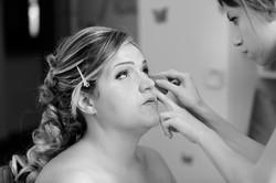 matrimonio-toscana-elena-e-sandro-toscana-pelago-preparazione-sposa-trucco