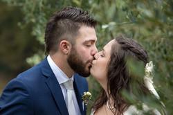 bacio-tra gli-ulivi