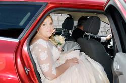 matrimonio-toscana-elena-e-sandro-toscana-pelago-arrivo-sposa-macchina