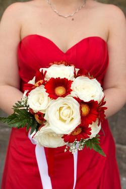 matrimonio-firenze-toscana-sala-rossa-palazzo-vecchio-martina-e-jacopo-mazzolino-gerbere-rose-bianch