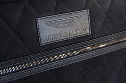 pelletteria-italia-dettagli-borse-accessori-aston-martin
