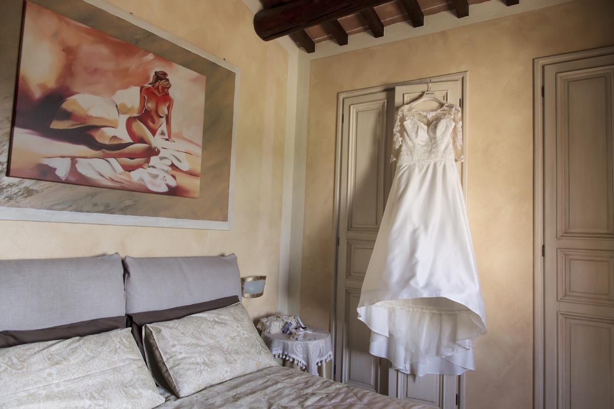 matrimonio-maura-e-giancarlo-castelfiorentino-toscana-camera-sposa