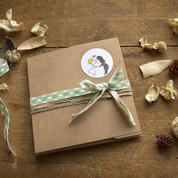 green-box-wedding-packaging-