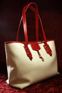 pelletteria-italia-borsa-donna-bianca-manici-rossi