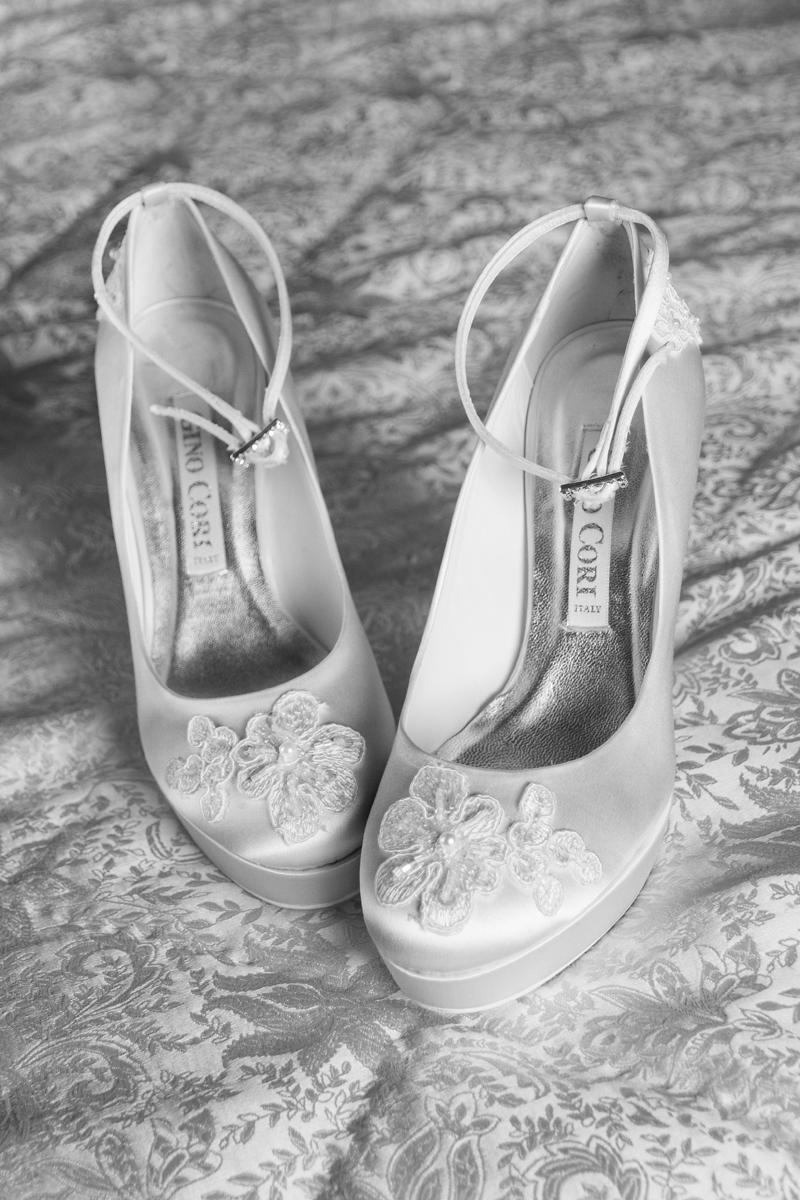 matrimonio-maura-e-giancarlo-castelfiorentino-toscana-scarpe-sposa