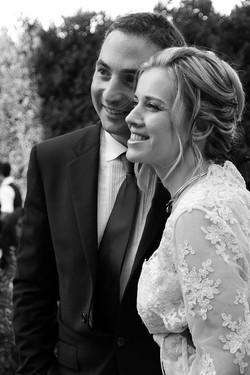 matrimonio-raffaella-e-vincenzo-sesto-fiorentino-firenze-bianco-e-nero-sposi-insieme