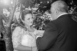caludia-e-francesco-matrimonio-toscana-cerimonia-bianco-e-nero