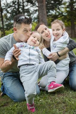 servizio-fotografico-famiglia-in esterna-firenze-bacio
